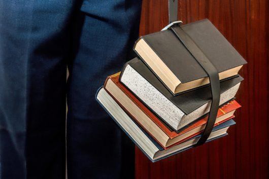 Livres univesitaire ceinture