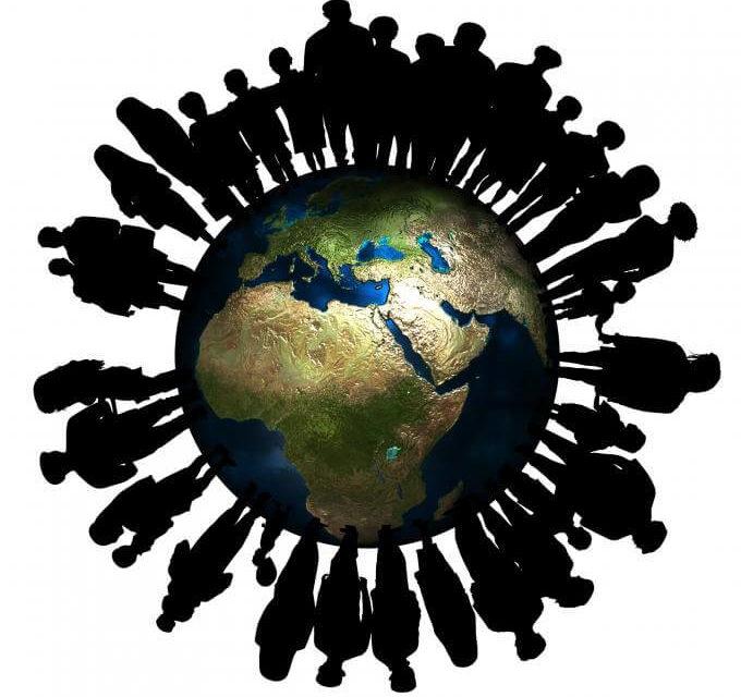 Planete terre surpopulation contraste paradoxal vie